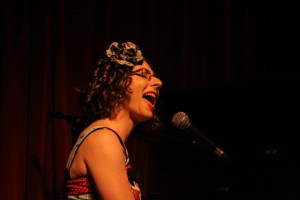 Helen Perris Singer Songwriter Live